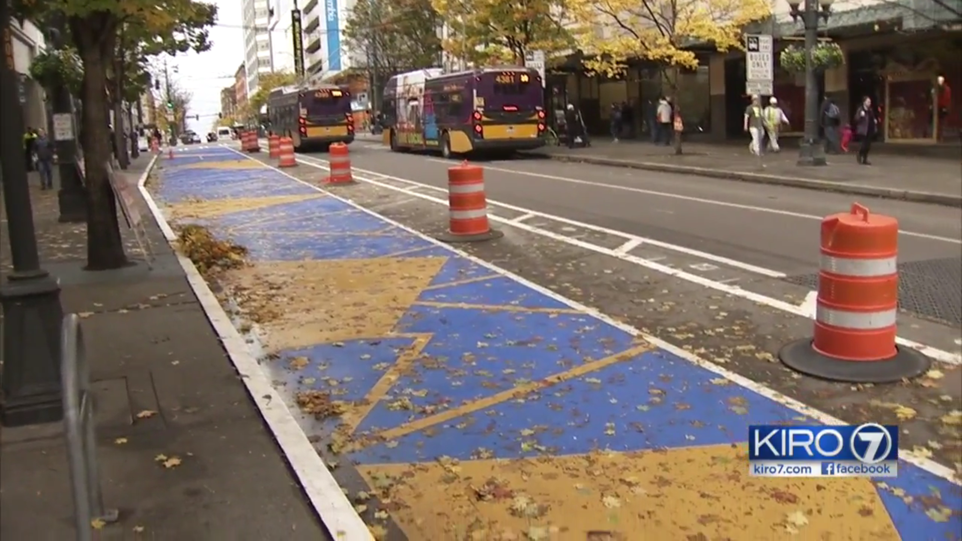 Bluer and yellow paint on Third & Pine