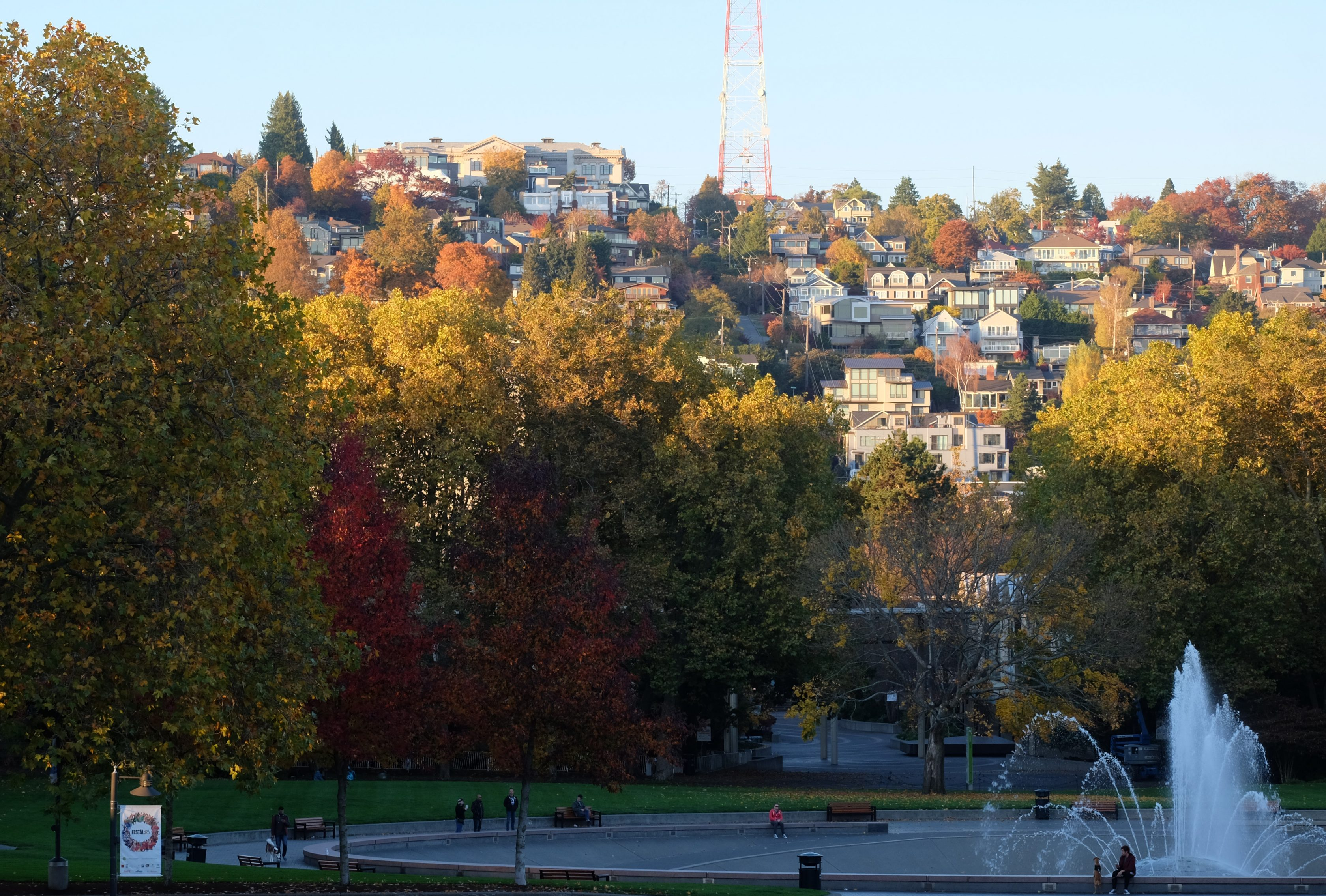 Is tech or the city responsible for Seattle's housing crunch