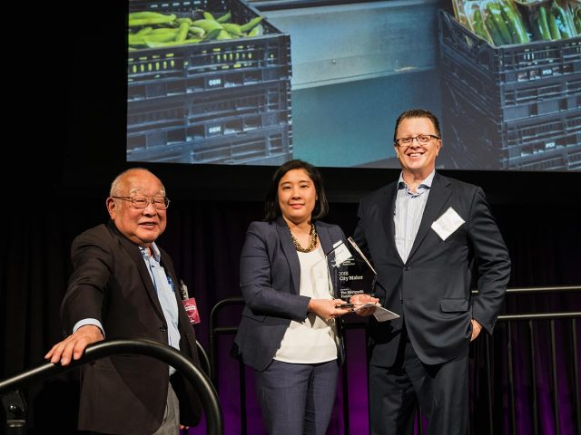 Moriguchi family accepts DSA 2018 City Maker Award