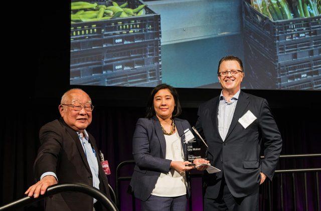 Moriguchi family accepts DSA 2018 City Maker Award