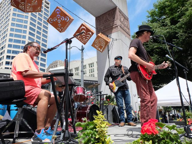 Live music in Westlake Park